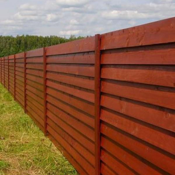 Готовый вид деревянного забора