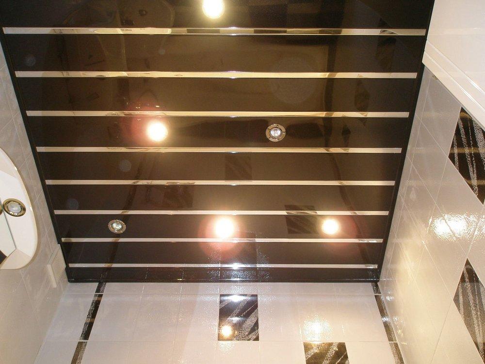 Навесные потолки для ванны и туалета