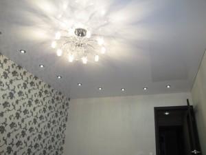 Светильники для натяжного потолка с люстрой