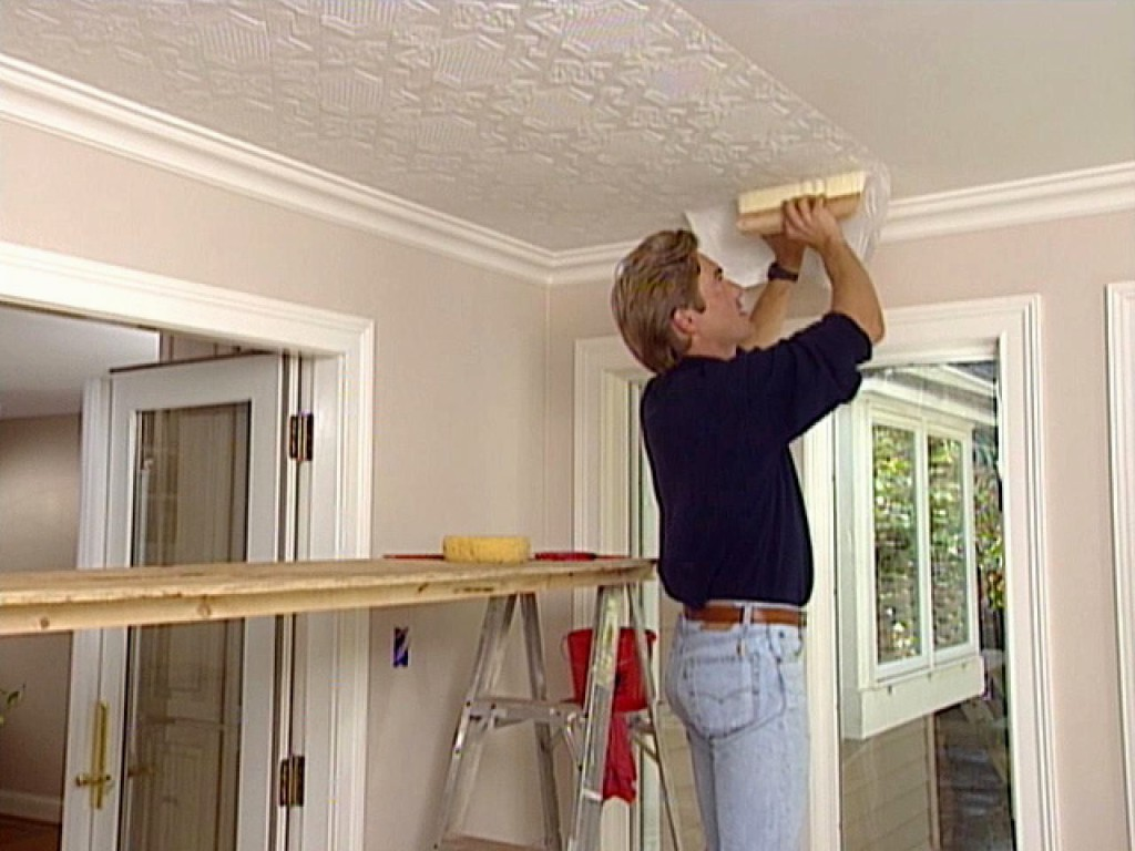 Все варианты ремонта потолка своими руками 86