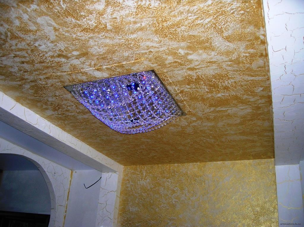 жидкая штукатурка на потолке