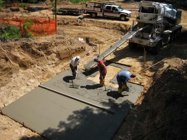 Этап 1 - заливки бетонного основания