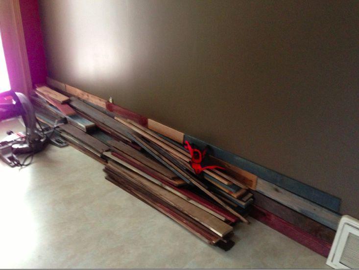 отделка стены из поддонов фото 2