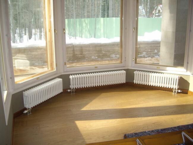 радиаторы отопления в коттедже