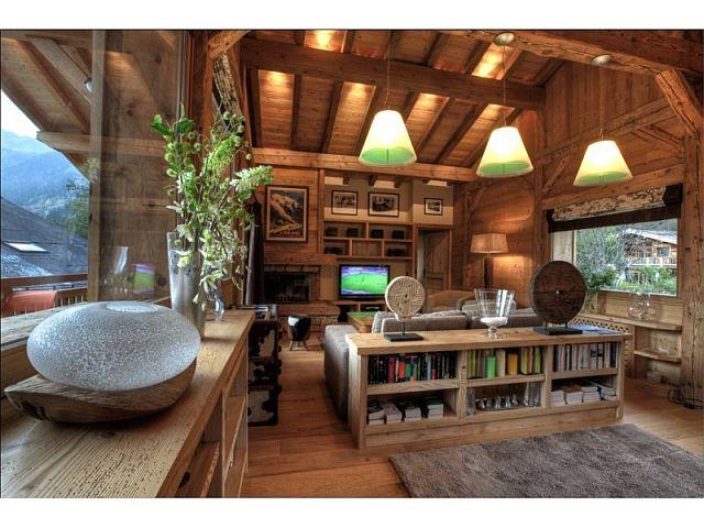интерьер в стиле Шале, фото гостинной