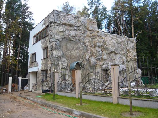 Облицовка фасада диким камнем (стеклопластик)