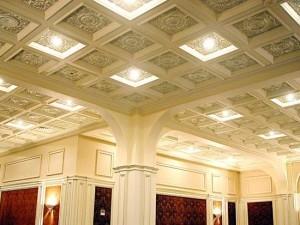 Гипсовый потолок в театре