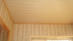 Отделка стен в гостиной МДФ-панелями