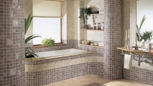 Отделка стен в ванной мозаикой
