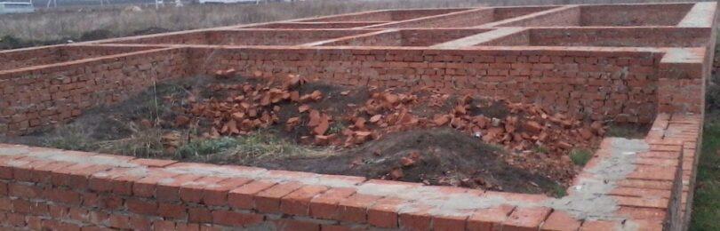 Кирпичный фундамент для каркасного дома