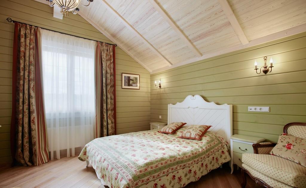 Покраска деревянных стен в стиле прованс