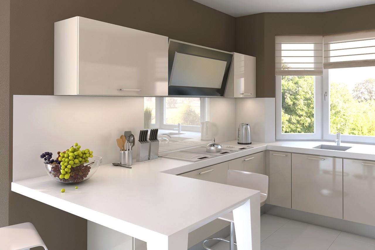 кухня с рабочей зоной у окна