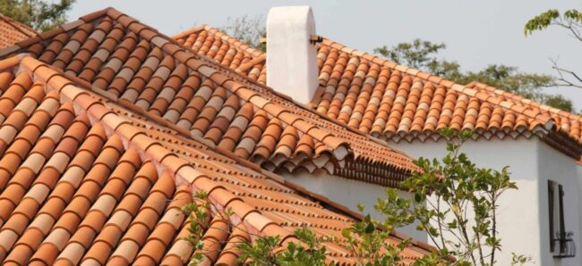 Крыша из керамической черепицы