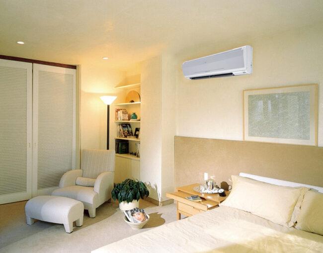 сплит-система в интерьере квартиры