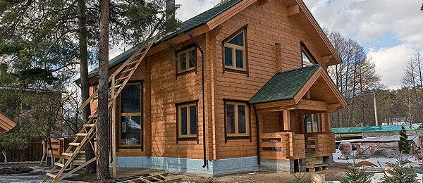 Эверест: строительство домов из бруса