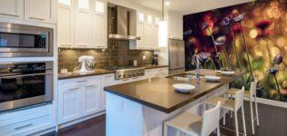 Кухня с фотообоями: модно и красиво