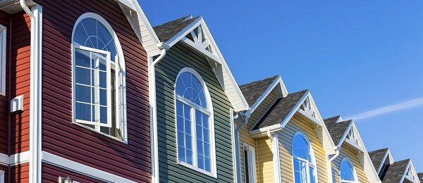 Какие цвета не выгорают на фасаде дома?