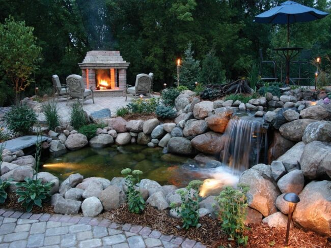 Водопад в загородном доме