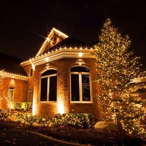 подсветка дачного дома